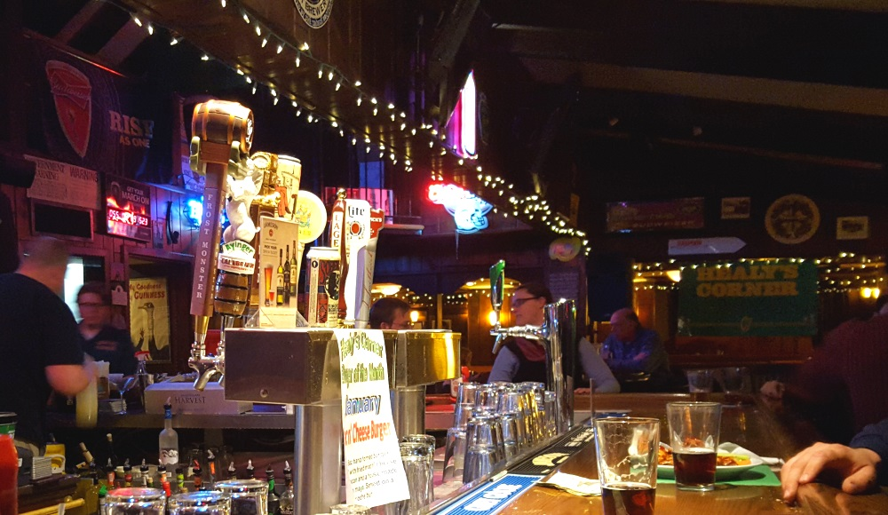 Healy's corner restaurant and bar, taps