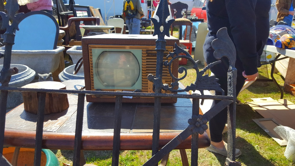 Stormville Flea Market Old TV