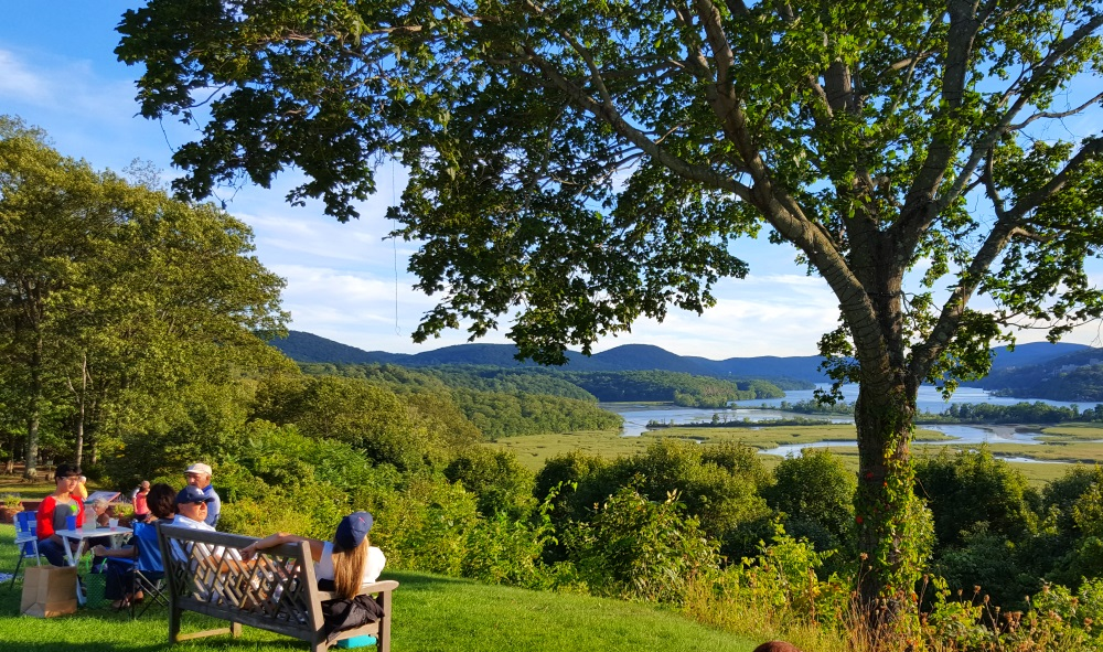 boscobel-picnic-river-view