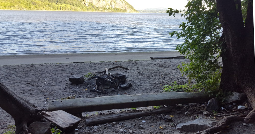 little-stony-pont-beach-cold-spring-view-fire