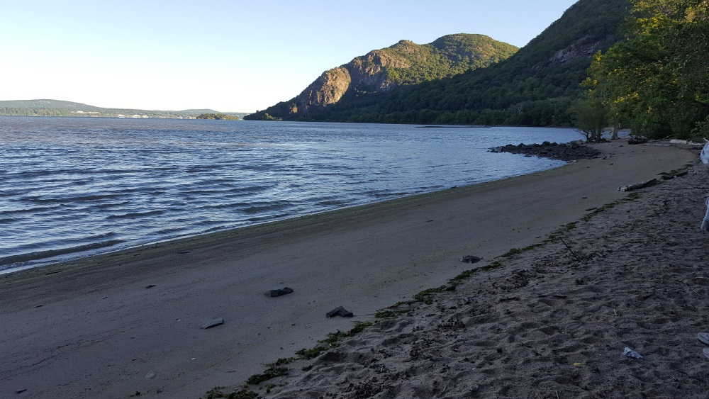 little-stony-pont-beach-cold-spring-view-to-the-north