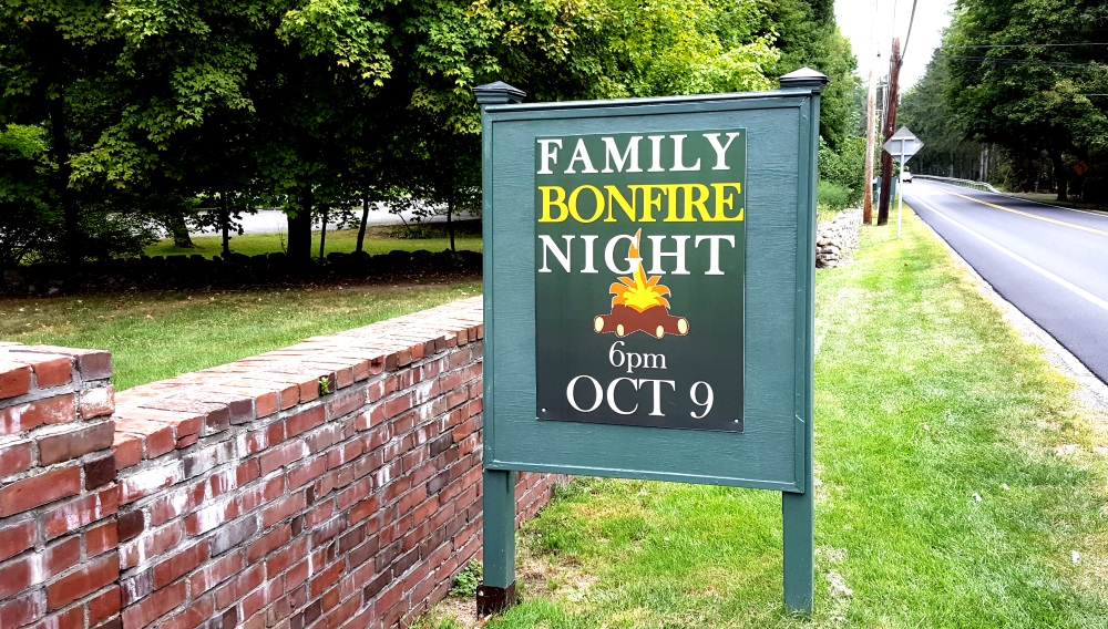 boscobel-family-bonfire