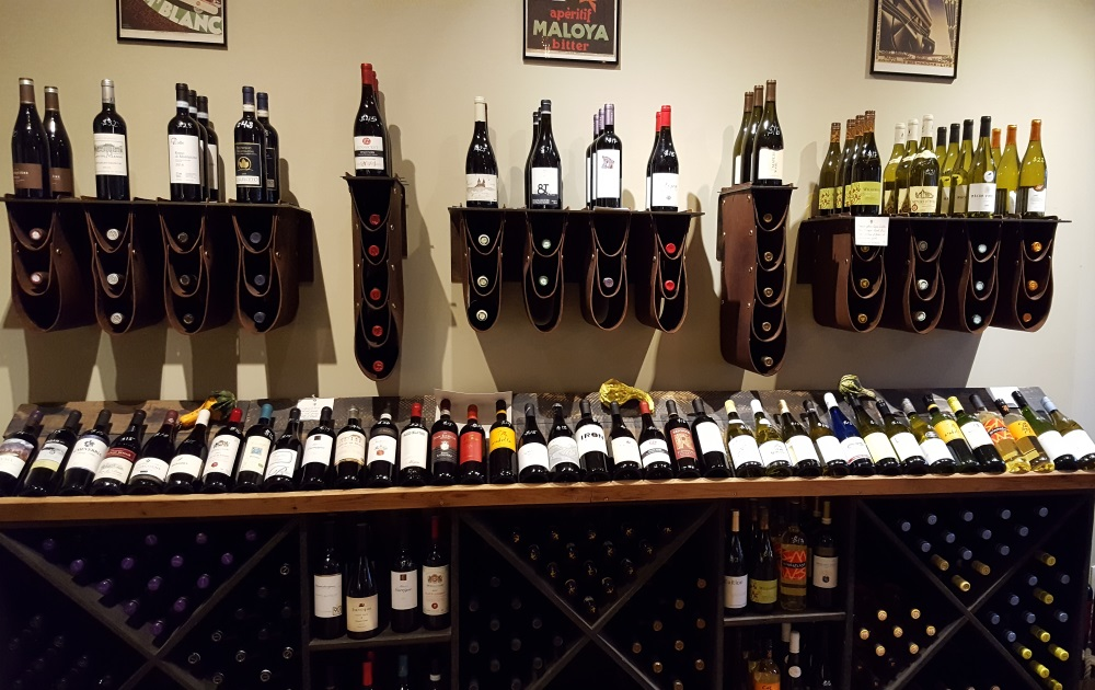 palate-wine-shop-wine-saddles-newburg