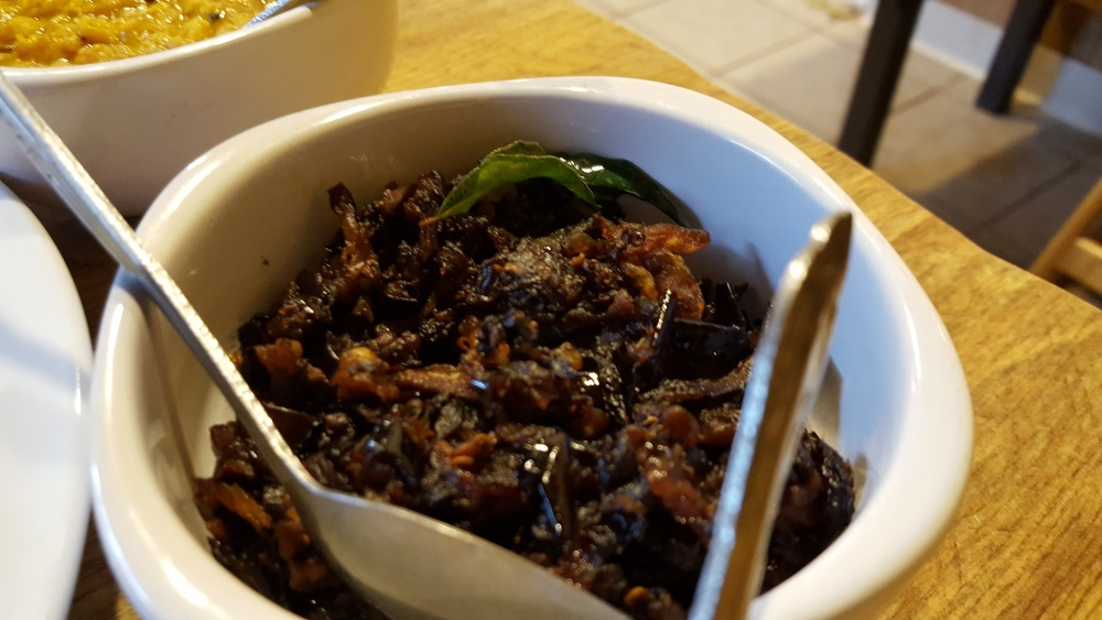 red-pepper-sri-lankan-brinjal-miju